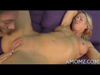 caliente mama es el toque de los dedos y se atornilla
