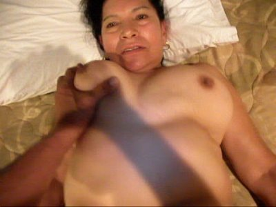 video llamada de whatsapp de rosa gets her pussy filled up with cum.AVI