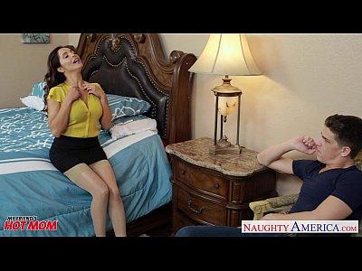 Hot mom Francesca Le ride anally a fat dick