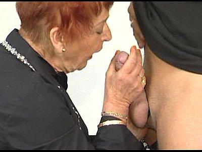 JuliaReavesProductions – Stangenfieber – scene 2 – video 1 nude brunette ass fingering orgasm