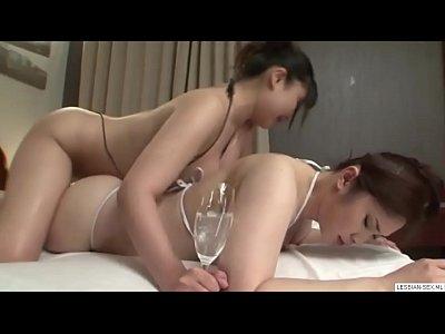 gordito japonés okasans tribbing la tribs.-visita lesbianas-sexo.ml de levas de estas chicas que se muestra aquí