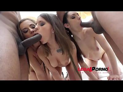 Gapefarting sluts Arwen Gold, Lita Phoenix & Maria Devine interracial mini orgy with 2 guys RS10