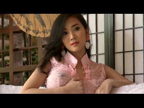 download segera bokep Lolita Chang Nungxxxcom full hd