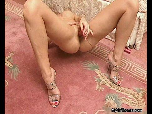 Super sexy brunette babe going crazyXXX Sex Videos 3gp