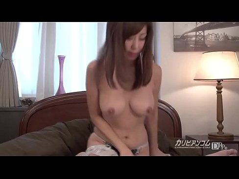 XVIDEO 秋野千尋 巨乳人妻の淫乱フェラチオ(秋野千尋)