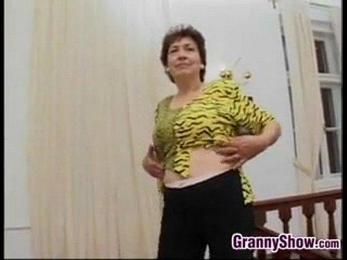 XVIDEOS Horny Granny Masturbates With A Banana free