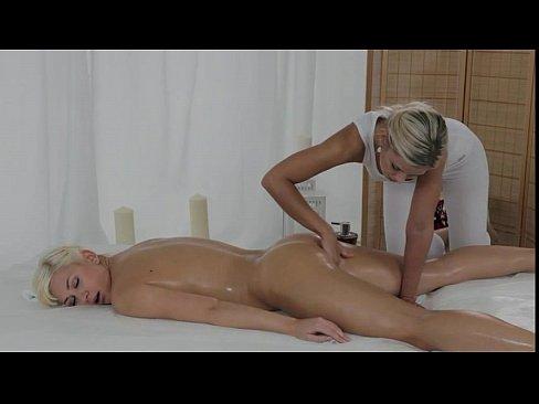Nude blonde fingered to orgasm