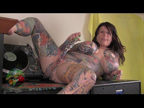 Busty tattooed whore blackwidow sucking deeply in cock tmb