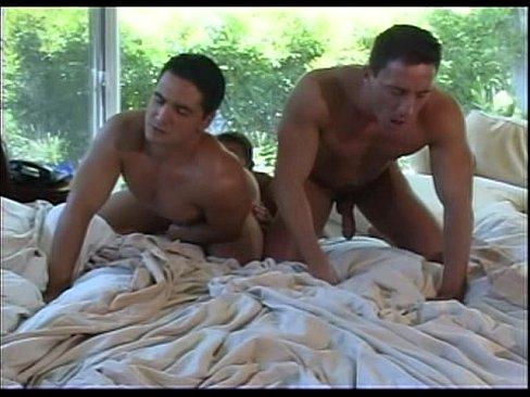 gay male mucscle men bears