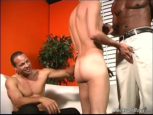 Amateur Guy Gets Fucked