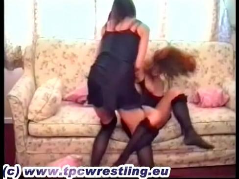 stocking catfight sandy vs robyn