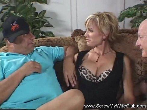 прощения, ебут жену на глазах у мужа порно имеет смысла