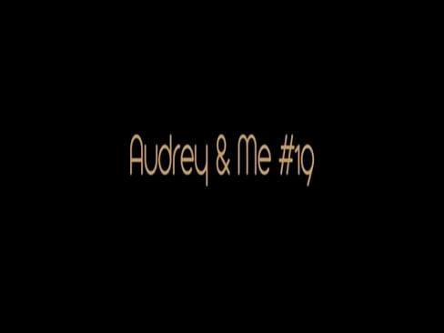 Audrey Bitoni Pissing cunt