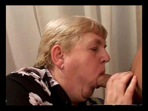 Соски кусает и щипает скручивает порно фото, негритянки проститутки киев