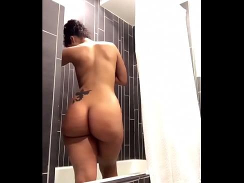 free Big video butt nude