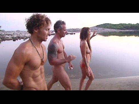 Натуризм зрелые секс видео
