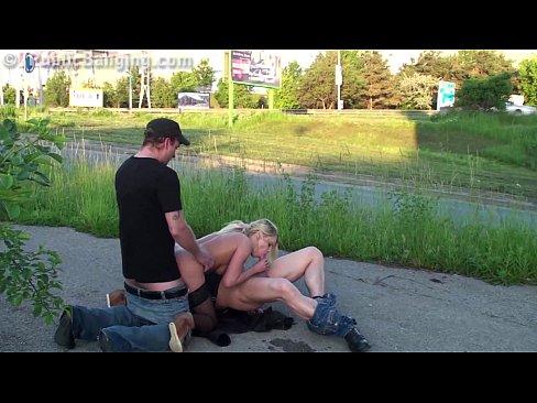 Threesome 1 Guy 2 Girls