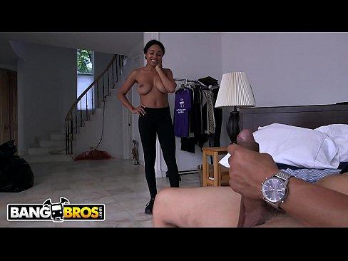 Lesbian milf cum readhead swap ass