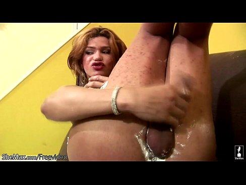 Huge cock t girl