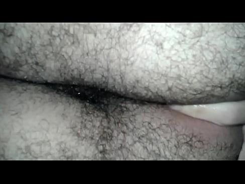 Novinho rabudo passivo querendo rola enfia dedo no cuzinho apertado e virgem e pisca. Fotos do rabão gostoso aqui: https://www.xvideos.com/profiles/typeken# tabPhotos-29 sec
