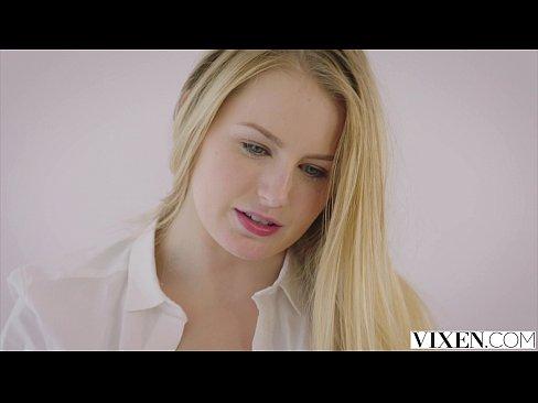 Sex Frumos Cu O Blonda Din Moldova Ce Isi Satisface Sotul