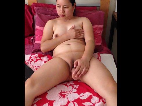 Asian milf dildo