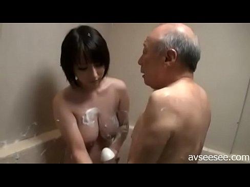 Charlie hunnam nude scenes