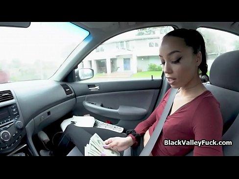 Ebony Teen Tips Random Driver With Blowjob
