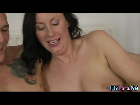 Slut shows how its done