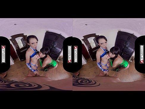Vr Cosplay Threesome With Jade And Kitana Porn