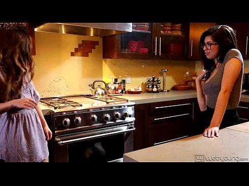 videos sexo en español jovenes lesbianas