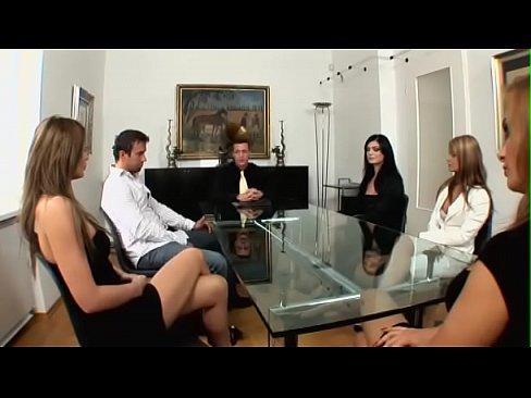 Den Notar Mit Sex Bestochen – The Notary Bribed With Sex