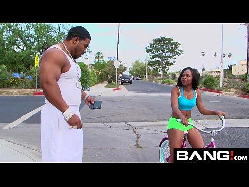 Big Booty Ebony Twerking Dick