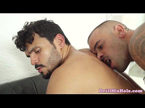 Powerful Hunk Top Giving Ass Fuck