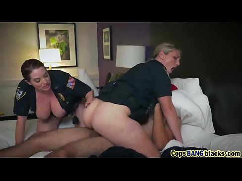 Hot milf threesome and riding hd domestic