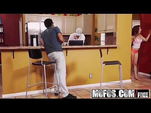 Mofos – Latina Sex Tapes – Michelle Taylor – Cheating Latina Freak