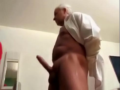 Abuela follan se y Abuelo