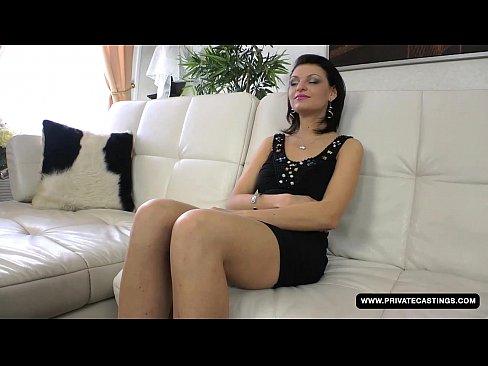 Anal casting vidéos de sexe