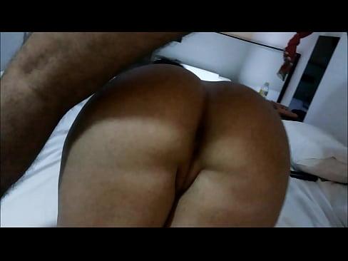 Rabo grande anal