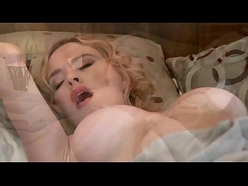 Amateur blonde milf juliana jolene