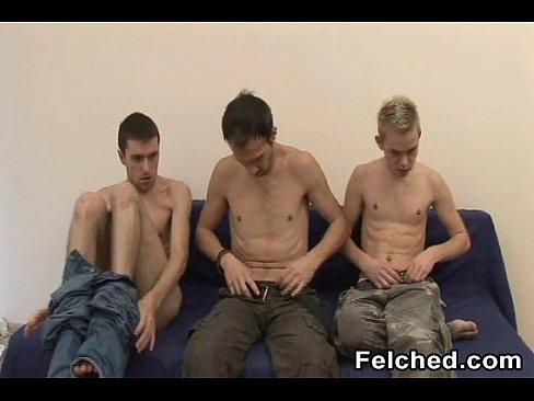 Two barebacked homo dudes felching
