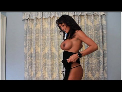 Fernanda fernandez strip video