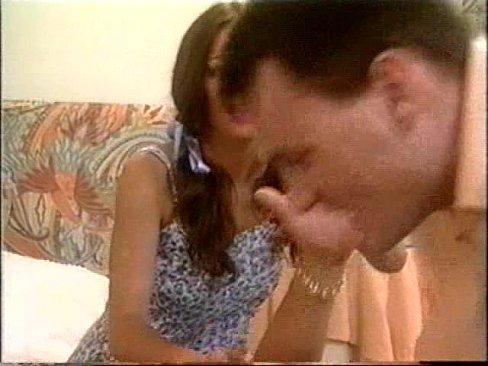 Filme Porno Pentru Adulti Cu Tatal Betivan Care Isi Fute Ambele Fiice