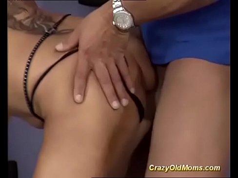 Nasty bodybuilders steamy fuck