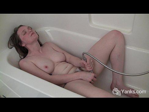 Mature nude dance
