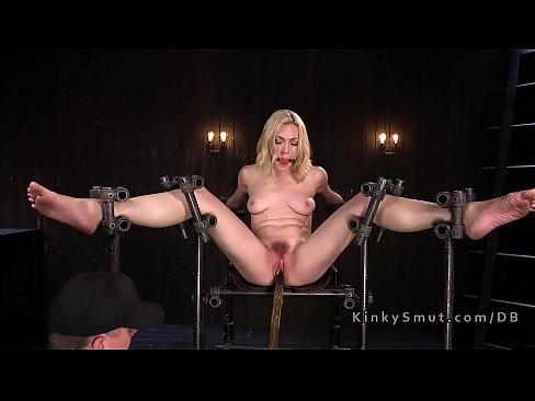 Pussy toyed sub caned