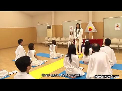 Glamorous Japanese slut hottie religiously worships extreme cocks like they're deities