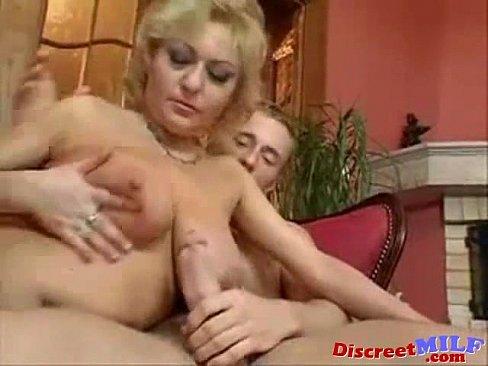 Discreet milf sex