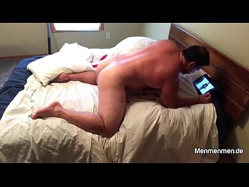 porno-paren-s-rezinovoy-vaginoy-smotret-onlayn-foto