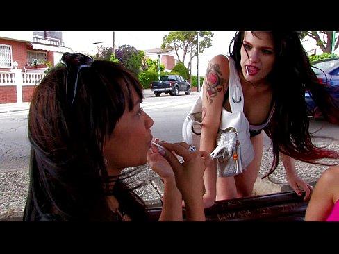 Lesbianas españolas haciendo la tijera hasta correrse